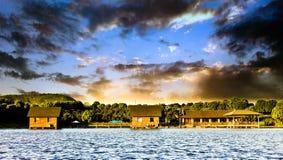 Вид на озеро вечера Стоковые Изображения RF