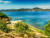 Вид на океан в St Tropez в Франции стоковое изображение rf
