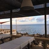 Вид на океан от ресторана в Лиссабоне Ривьере Стоковое Фото