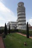вид сбокуый башни pisa Стоковая Фотография RF