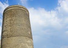 Вид спереди башни Баку девичье стоковые изображения rf