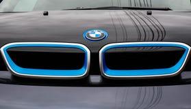 Вид спереди нового автомобиля BMW i3 ecofriendly стоковое фото