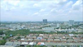 Вид с воздуха Бангкока от высокорослой осмотр достопримечательностей башни и поворачивать около 360 степень в движении скорости н акции видеоматериалы