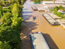 Вид с воздуха баржей транспорта Стоковые Фото
