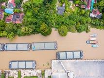 Вид с воздуха баржей транспорта Стоковые Изображения RF