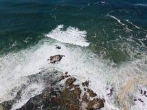 Вид с воздуха береговой линии океана и Калифорнии Стоковые Изображения
