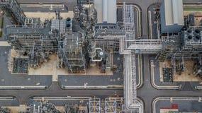 Вид с воздуха большого нефтеперерабатывающего предприятия, завода рафинадного завода, факта рафинадного завода Стоковое фото RF
