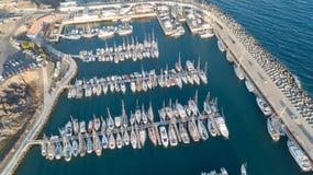 Вид с воздуха видео взгляд сверху 4K UHD трутня Испании острова Тенерифе гавани канереечного Стоковая Фотография