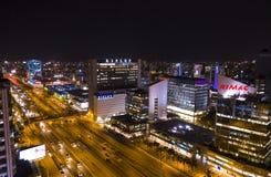 Вид с воздуха горизонта города Лимы вечером Район Сан Isidro финансовый стоковые фотографии rf