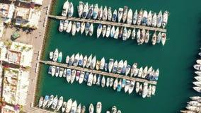 Вид с воздуха городка Puerto de Mogan на побережье острова Гран-Канарии сток-видео