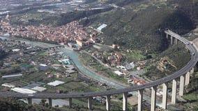 Вид с воздуха дома Taggia оливки Taggiasca сток-видео