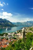 Вид с воздуха залива Kotor и старого городка Черногория Стоковое фото RF