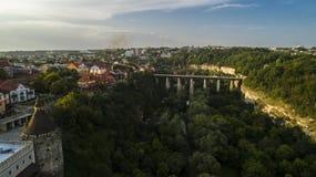 Вид с воздуха каньона в Kamenets Podolsky Каньон Smotrych стоковые фотографии rf