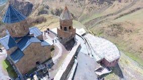 Вид с воздуха к городу Sighnaghi - грузинскому городку Signagi в зоне ` s Georgia самой восточной Kakheti Важный центр  акции видеоматериалы