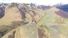 Вид с воздуха к городу Sighnaghi - грузинскому городку Signagi в области Грузии самой восточной Kakheti Важный центр  видеоматериал