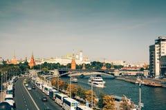 Вид с воздуха к Москве Кремлю стоковое изображение