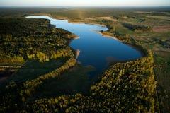 Вид с воздуха литовской сельской местности на весне Стоковое фото RF