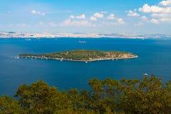 Вид с воздуха матери острова Sedef острова жемчуга стоковая фотография