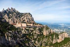 Вид с воздуха монастыря Santa Maria de Монтсеррата в Каталонии, Испании Стоковая Фотография RF