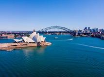 Вид с воздуха моста гавани Сиднея Стоковая Фотография RF