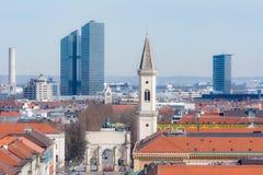 Вид с воздуха над городом Мюнхена стоковые фотографии rf