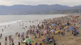 Вид с воздуха над пляжем Санта-Моника в Лос-Анджелесе - ЛОС-АНДЖЕЛЕСЕ, США - 29-ОЕ МАРТА 2019 видеоматериал