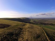 Вид с воздуха над сельской местностью Сассекс вдоль южного пути спусков стоковые фотографии rf