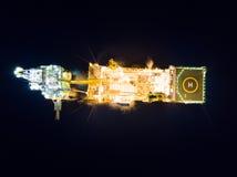 Вид с воздуха нежной сверля буровой вышки баржи буровой вышки в Mi Стоковая Фотография