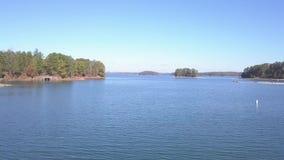 Вид с воздуха озера Lanier Georgia акции видеоматериалы