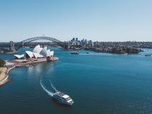 Вид с воздуха оперного театра и гавани Сиднея Стоковое фото RF