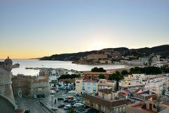 Вид с воздуха от замка городка полуострова, Испании стоковое фото rf
