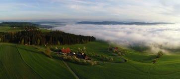 Вид с воздуха панорамы Prealps в Швейцарии на утре весны Стоковые Фото