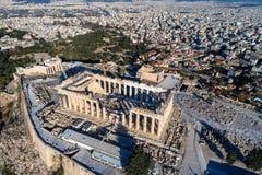 Вид с воздуха Парфенона и акрополя в Афинах Стоковые Изображения RF