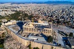 Вид с воздуха Парфенона и акрополя в Афинах Стоковая Фотография RF