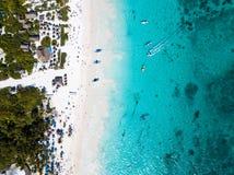 Вид с воздуха пляжа в Tulum Мексике Стоковые Фотографии RF