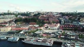 Вид с воздуха Порту, Португалии Река Дуэро и мост Луис i сток-видео