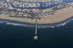 Вид с воздуха пристани и гавани пляжа Ньюпорта Стоковое Изображение RF