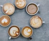 Вид с воздуха различных кофейных чашек Стоковые Изображения