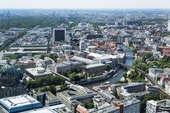 Вид с воздуха района Mitte в Берлине, Германии стоковые фотографии rf