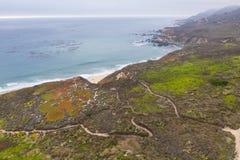 Вид с воздуха следов и береговой линии в северной калифорния стоковое изображение rf