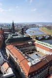 Вид с воздуха собора Дрездена святой троицы с мостом Augustus над Эльбой в Дрездене, Германии стоковые фотографии rf