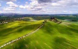 Вид с воздуха Тосканы от времени трутня весной Стоковые Фотографии RF