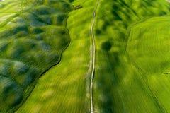 Вид с воздуха Тосканы от времени трутня весной Стоковое фото RF