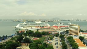 Вид с воздуха туристического судна сток-видео
