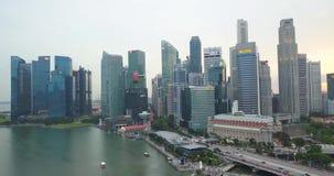 Вид с воздуха центра Сингапура с финансовыми привлекательностями рай акции видеоматериалы