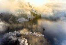 Вид с воздуха электростанции стоковые фотографии rf