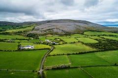 Вид с воздуха Burren в Ирландии стоковые фотографии rf