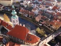 Вид с воздуха Cesky Krumlov, чехии стоковые изображения rf
