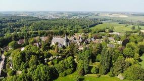 Вид с воздуха, Lanscape деревни Gerberoy, Франции стоковое фото rf