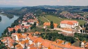 Вид с воздуха Ptuj акции видеоматериалы
